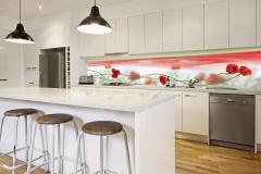 Kitchen-with-poppy-splashback_resized[1]